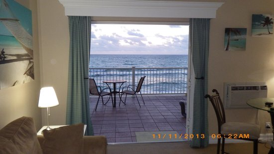 Sun Tower Hotel & Suites on the beach: ocean view