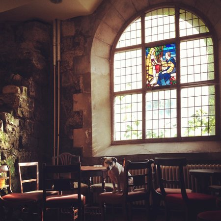 St.Mary in the Castle: Baptistry Bar