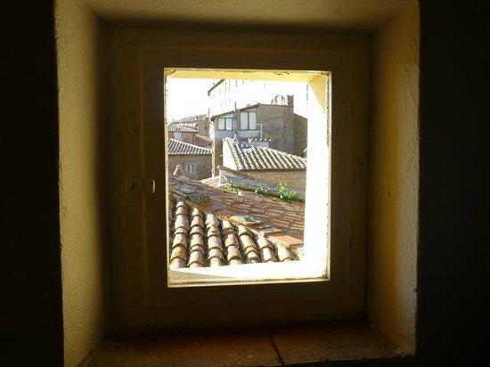 B&B Vicolo della Scala: View from the closet of our room