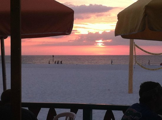 Palm Pavilion Inn : I wonder how many pictures there are of Clearwatet Beach Sunsets?