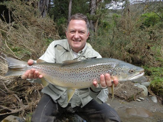 Owen River Lodge: 6lb Brown trout