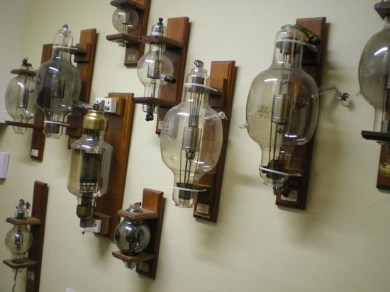 Spark Museum of Electrical Invention: Tube wall