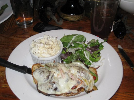 Trading Post Cafe: Tuscan sandwich