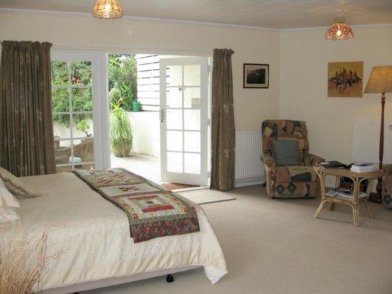 Omarunui Homestay: View of guest room