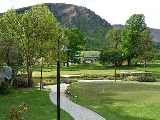 Millbrook Resort: MIllbrook grounds from breakfast dining