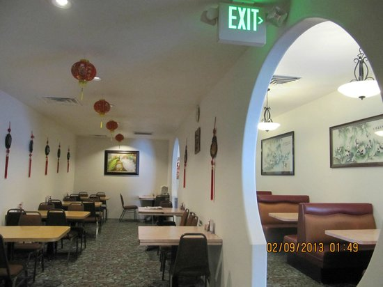 Hong Kong Restaurant & Buffet: The only & Best Chinese Buffet on Jackson wy at reasonable prices &variety