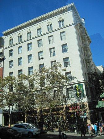 SF Plaza Hotel: Perto de:transporte, lojas - Union Square, restaurantes.