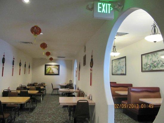 Hong Kong Restaurant & Buffet: Buffet & full menu