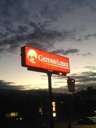 Gateway Lodge: Our new name and sign!