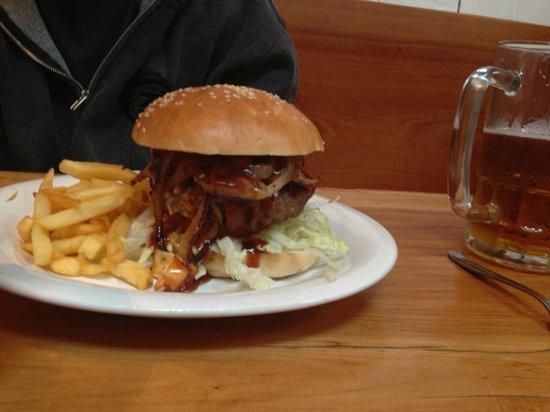 Latitude 39: Western Burger
