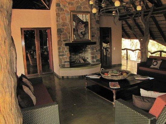 Motswiri Private Safari Lodge : Clubhouse