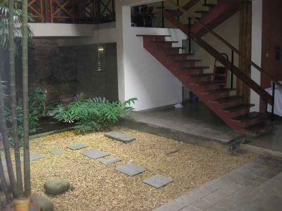 Highbury Colombo : Stairs leading upper rooms