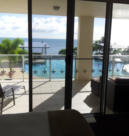 Vue Luxury Apartments Trinity Beach: This is what we woke up to every morning