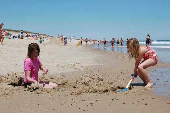 Nauset Beach: Sandcastle under construction