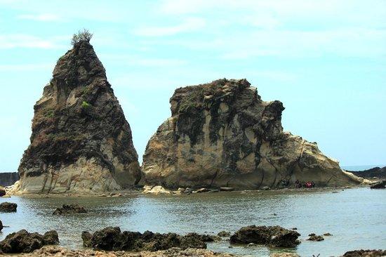 Bayah, إندونيسيا: Tanjung layar beach