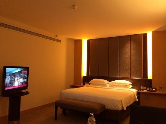 Grand Hyatt Jakarta : the hotel room
