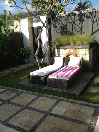 Villa Seminyak Estate & Spa: Our day beds