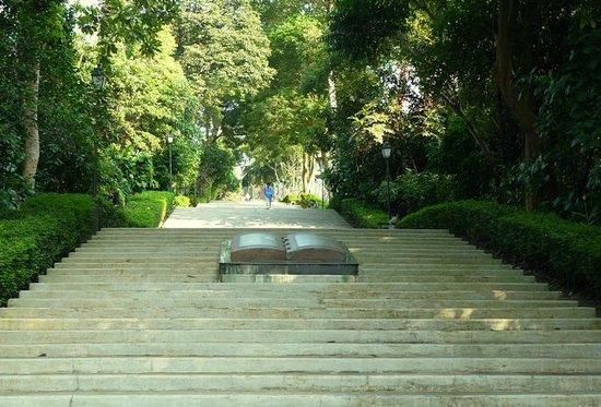 Bukit Batok Memorial Site: The 120 steps up