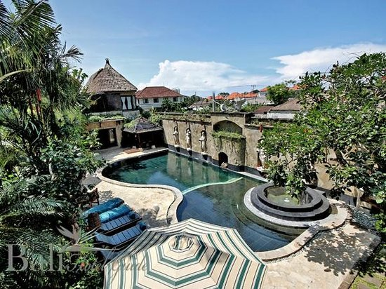 Dewani Villa: Pool View