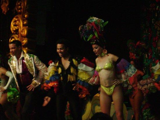 Cabaret Mediterraneo: Stage show.