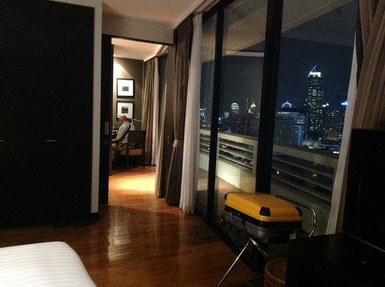 Fraser Suites Sukhumvit: From bed room