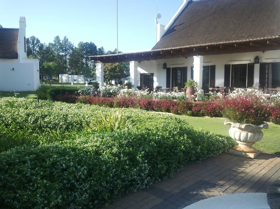 Lovely grounds at Kievits Kroon !