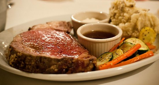 Brooktrails Lodge: Prime rib dinner for special events and pre orders