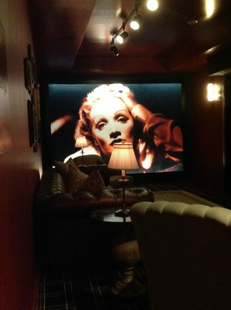 The Redbury Hollywood: Lounge on my floor