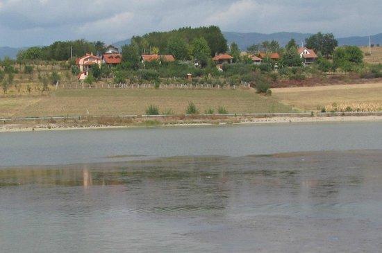 Vranje, Serbia: Александровское озеро близ города Вранье