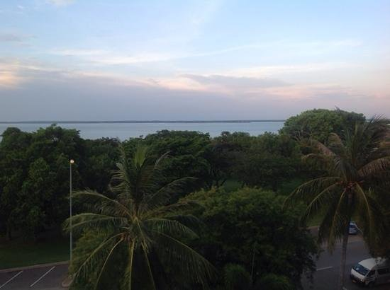 DoubleTree by Hilton Hotel Darwin: View from fourth floor.