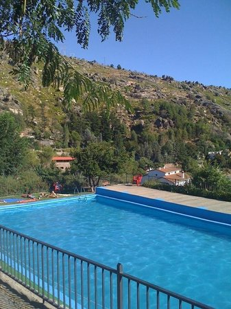 EL Descanso: piscina privada