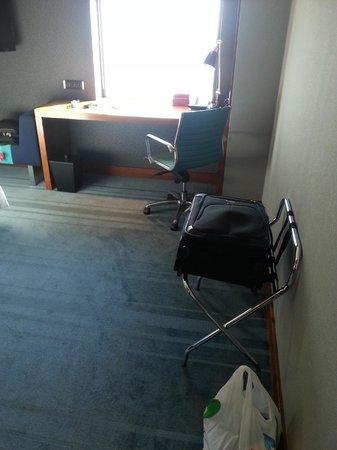 Aloft Abu Dhabi: Room
