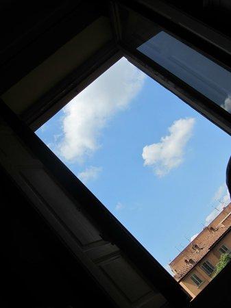 Hotel Genzianella: окно