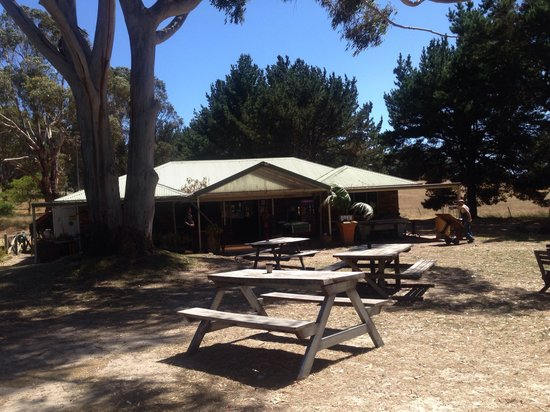 Yallingup Forest Resort: Bush Shack Brewery