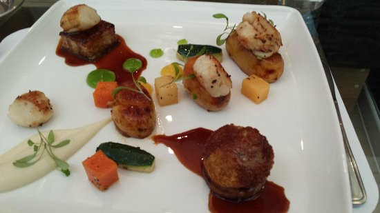 Clink Cardiff: Honey Pork Belly Main