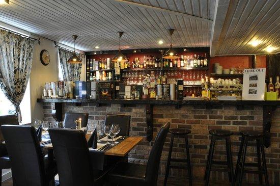 Carrousel: bar