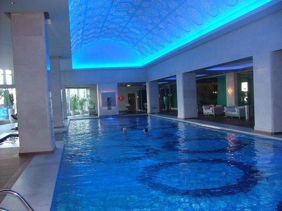 JW Marriott Hotel Ankara : piscine interieure