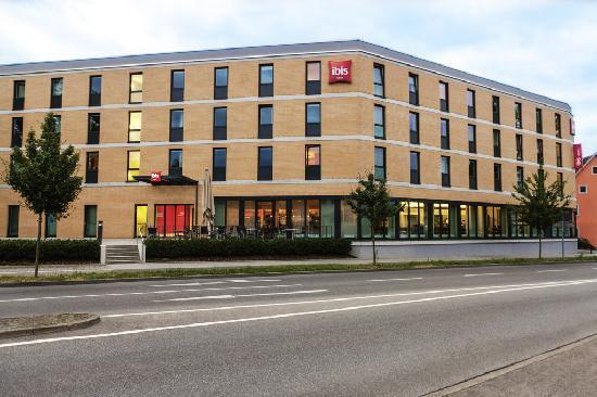 Ibis Konstanz Hotel : Hotel Front