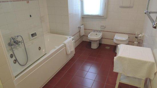 Hotel Bristol Palace : Visão do banheiro
