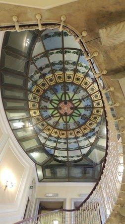 Hotel Bristol Palace : Escadaria