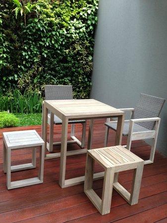 In'Sens Gallery: Dikombinasikan dengan 2 kursi lain