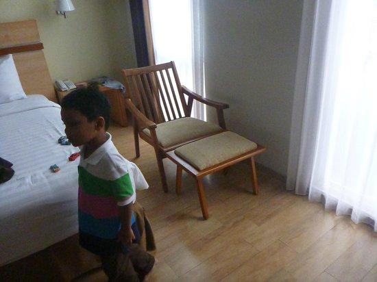Merapi Merbabu Hotel: Lazy chair