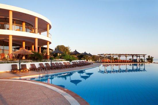 Alia Palace Hotel