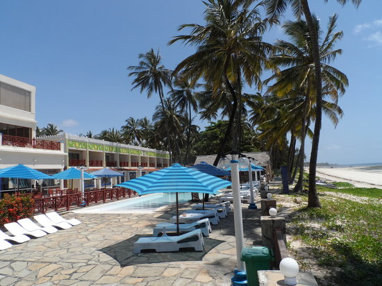 sai rock beach hotel spa mombasa kenya voir les. Black Bedroom Furniture Sets. Home Design Ideas
