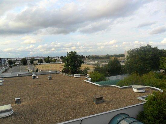 Ibis Paris Orly Aeroport: Ancora vista sull'aeroporto di Orly