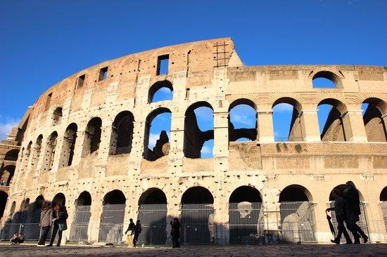 Your Rome Tour - Rome Tours: colosseum