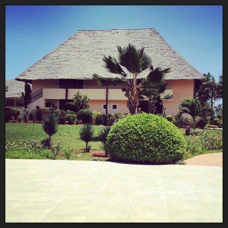 Dream of Zanzibar: Eight junior suites in each building