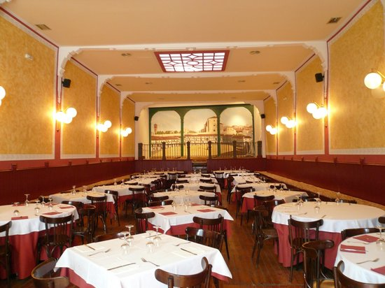 El Rincon de Pedro: Salon comedor (art-noveu) antigua Sala de Baile