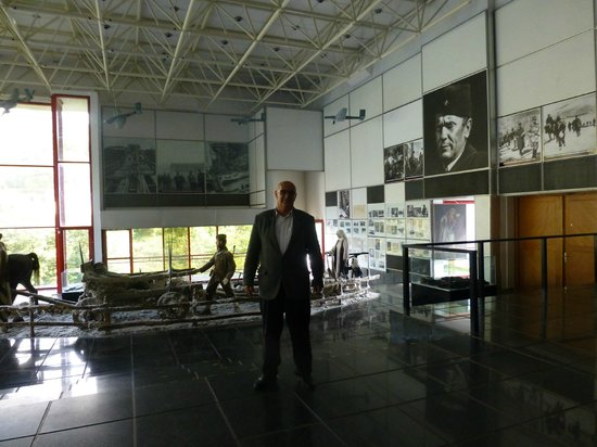 Museum Battle for the Wounded on Neretva River: The Museum curator,