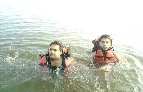 Damdama Lake : Swimming